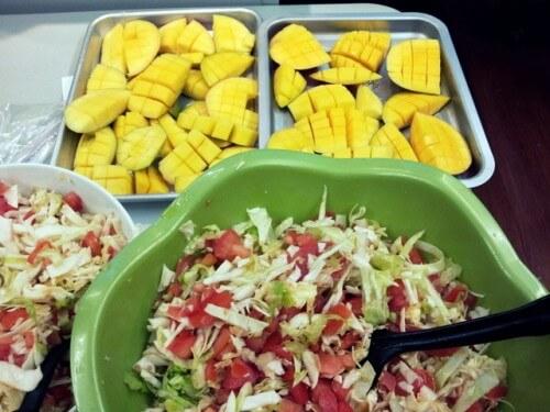 Salade de chou et mangue